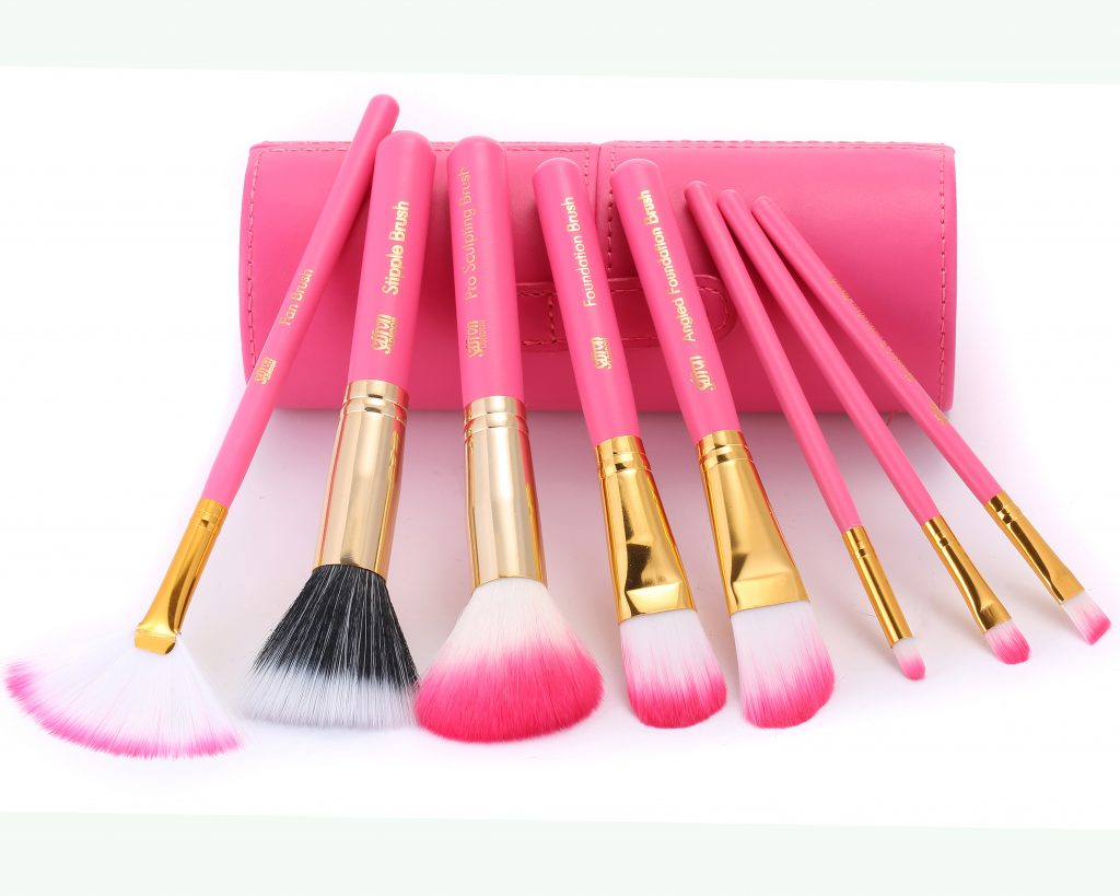 Gift Box with 8 Brushes